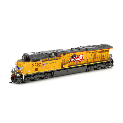 Ath G69761 - HO ES44AC w/DCC & Sound, UP/Flag #5252