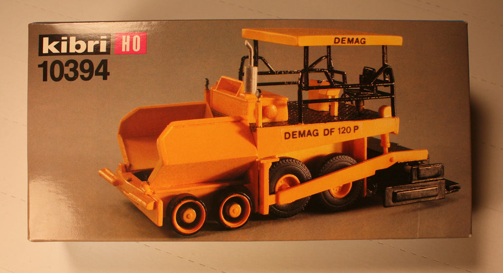 Kibri #10394 Demag road surfacer (plastic kit)