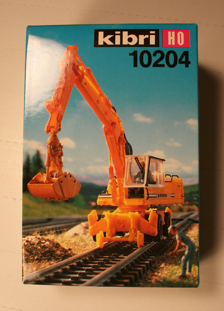 Kibri #10204  Railroad and highway mobile crane  (plastic kit)