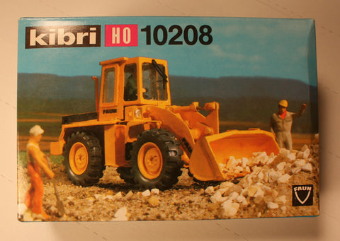 Kibri #10208  Wheel front loader  (plastic kit)