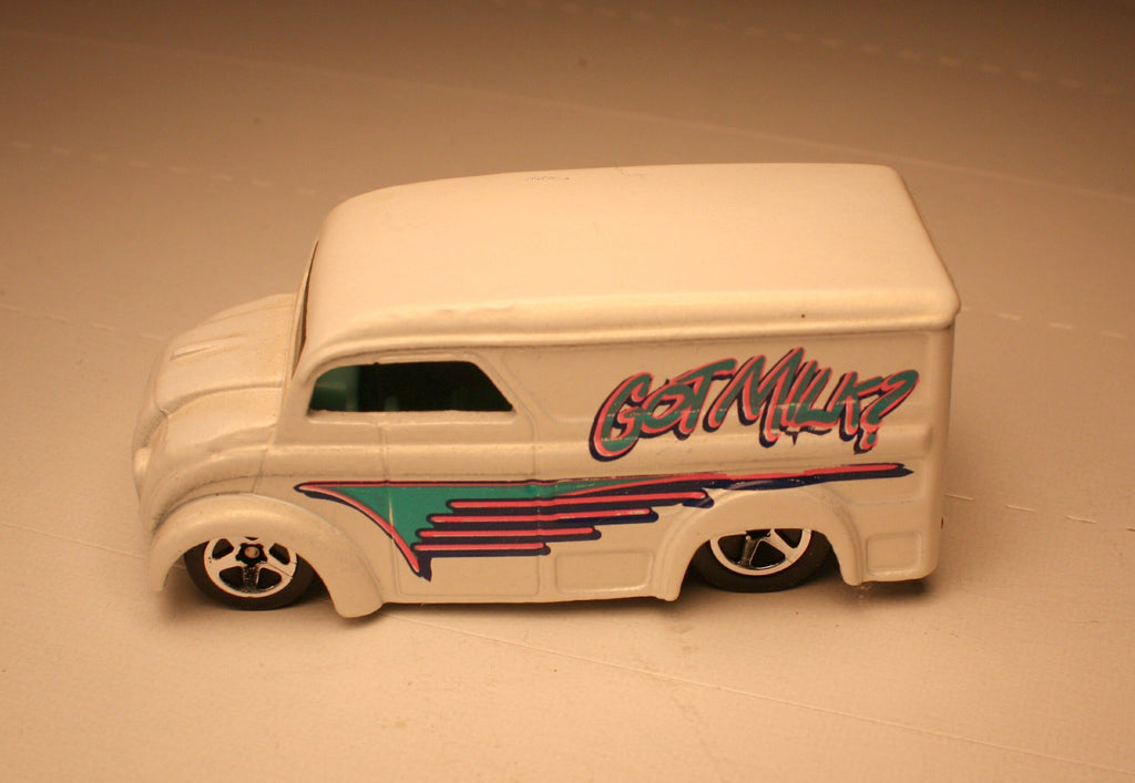 DCM   Milk Truck  Hot wheels Collectables #4
