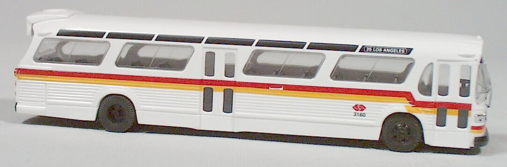 Busch  #44502  American fish bowl bus  (RTD line/Los Angeles) HO 1:87 scale