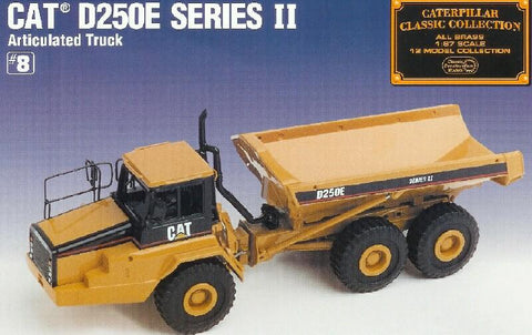 Classic Construction Models     #BCE Cat D250E II  Articulated Truck