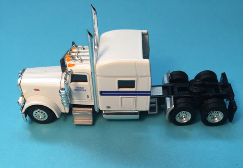 #T-6016 		Peterbilt 389 with 70 in Standard Sleeper Coast Logistics
