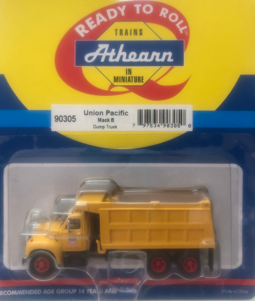 Ath-90305  Mack B Dump Truck -  Union Pacific