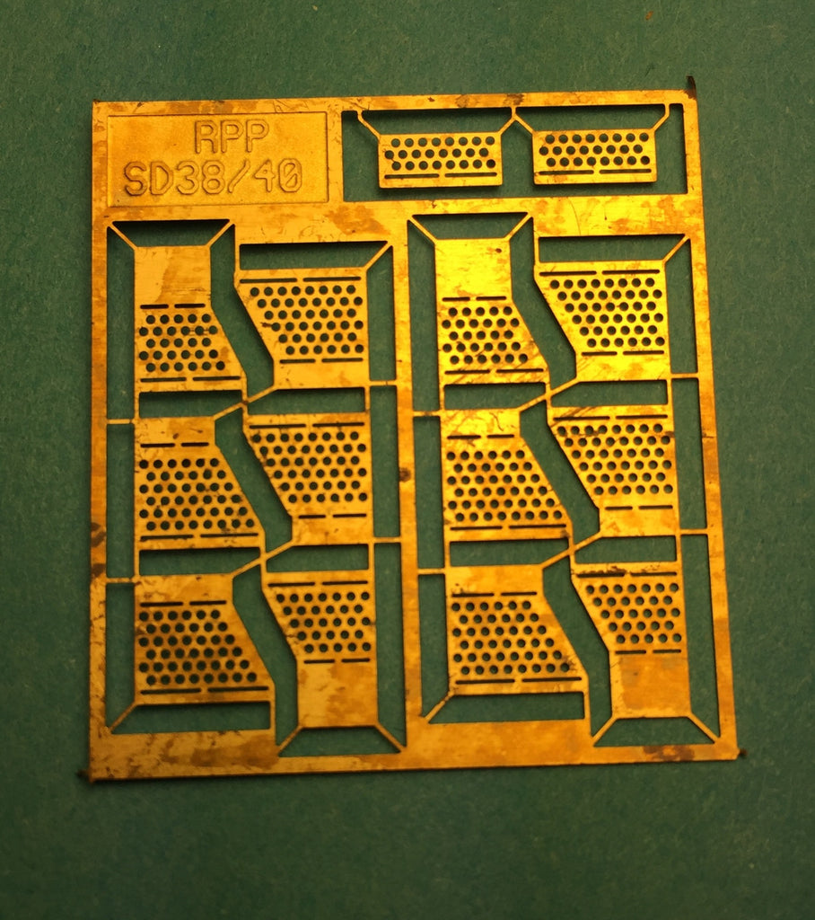 #29250 - RPP SD40/SD38 Brass Diesel Steps (also fits Athearn)