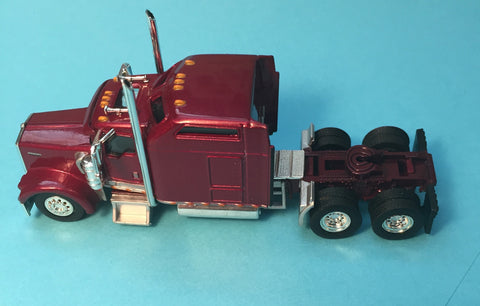 "#T-5002      KW W900L 86"" sleeper tractor   Rasberry Red"