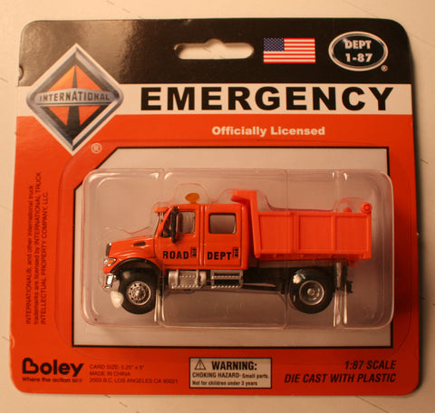 Bol-4576-99     Boley Depart. 1-87 vehicles  International extra cab dump (orange)
