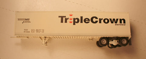 #50185  Wheel Works  45' Roadrailer trailer  (finished model) Triple Crown
