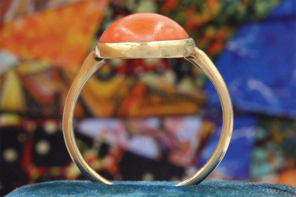 Art Deco Coral Cabochon Ring