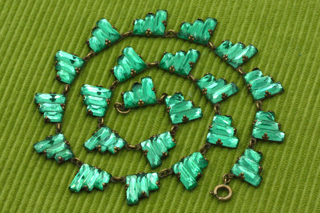 Art Deco Czech Green Glass Necklace