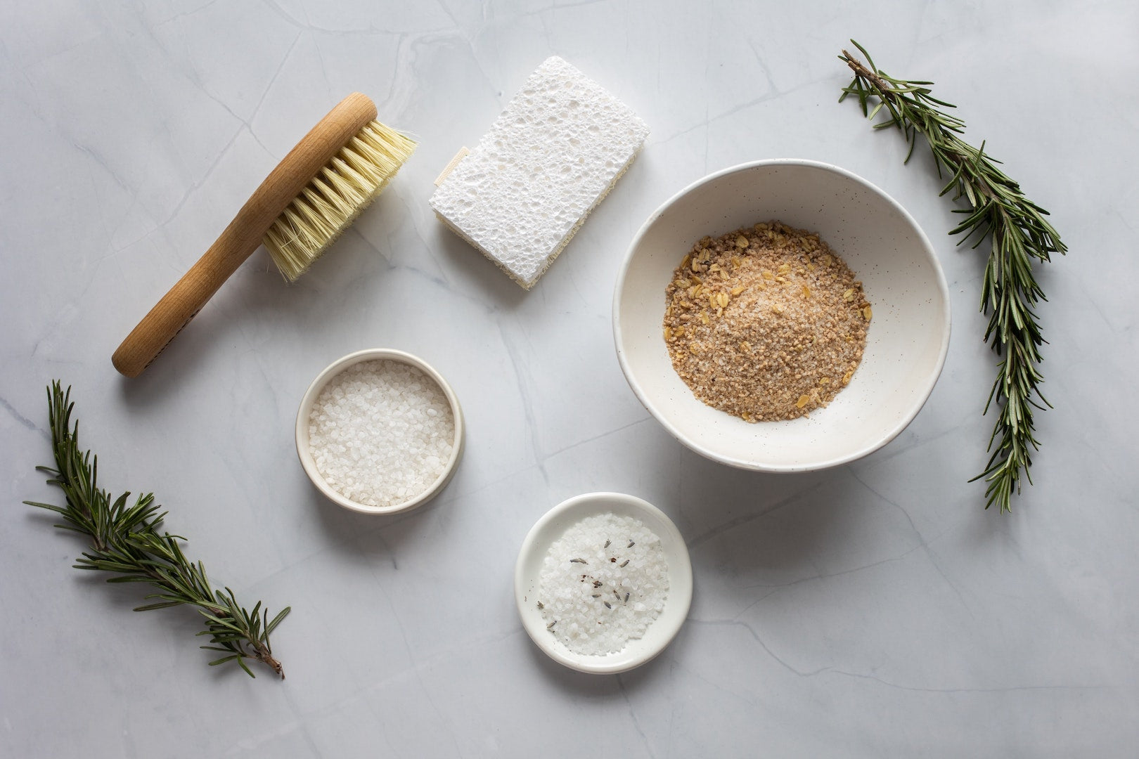 Image of oatmeal used in LĒVO's diy coconut oil face mask recipe.