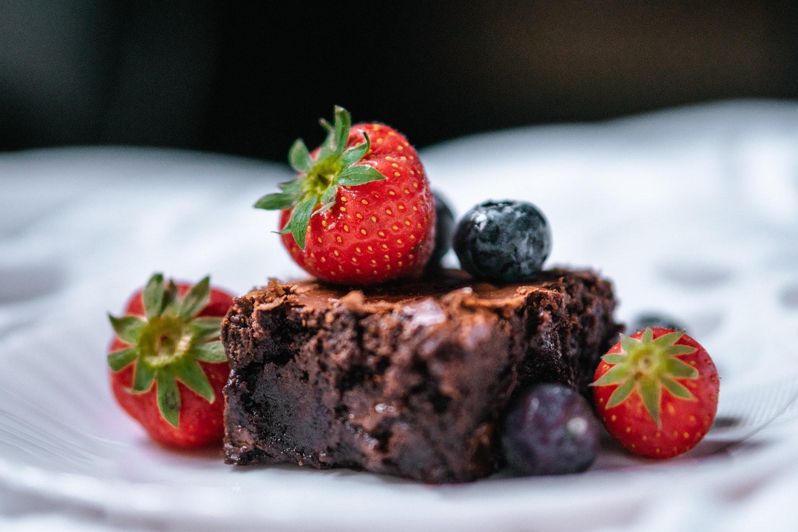 Image of healthy brownies, made with herbal infusions by LĒVO.