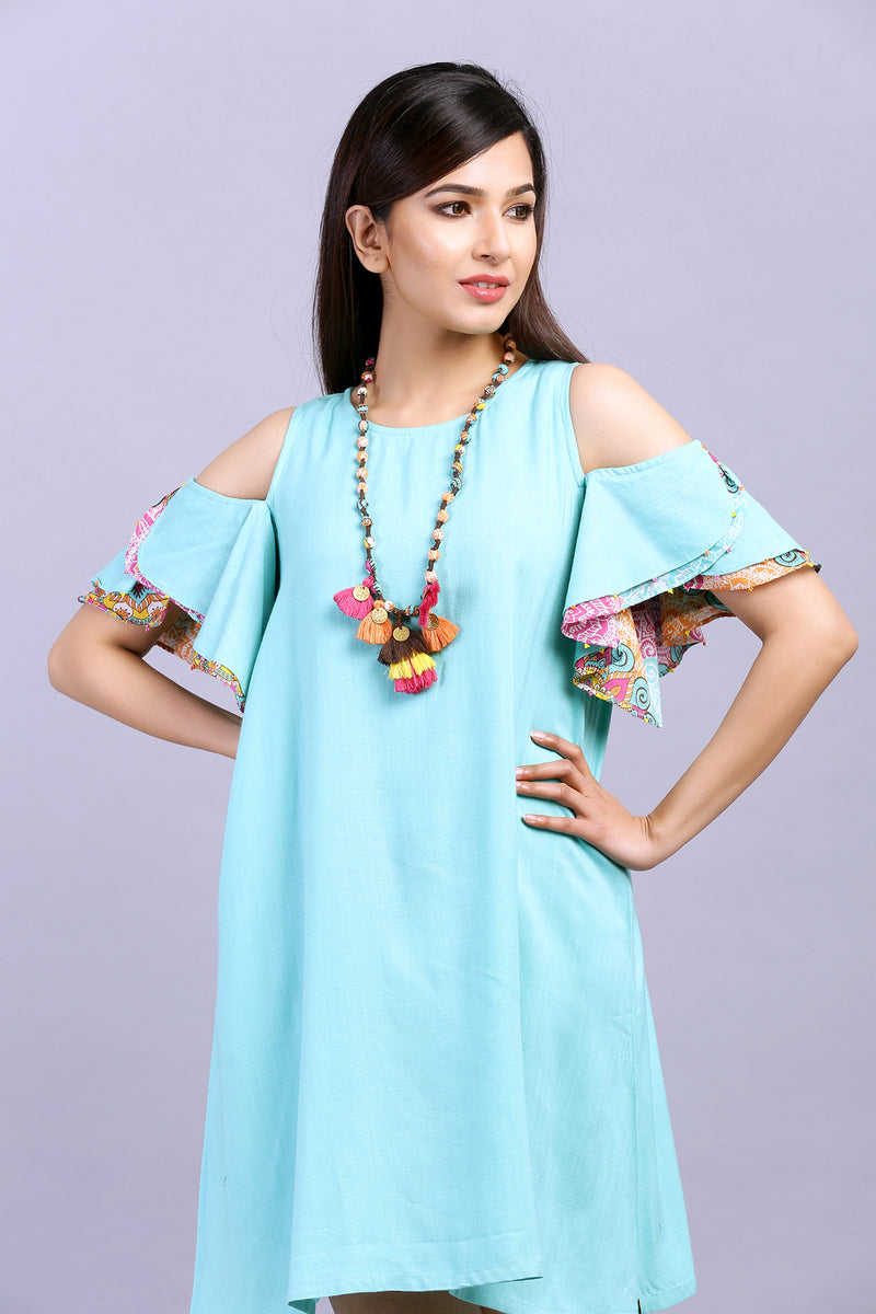 COLD SHOULDER SWAY DRESS WITH NECKPIECE