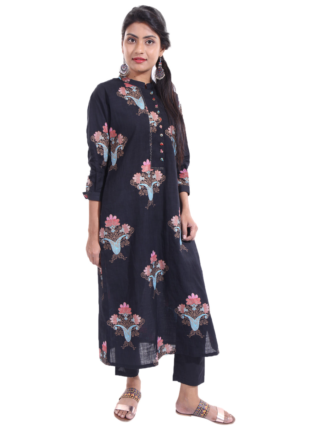 PRINTED KURTA WITH NECK DETAILING