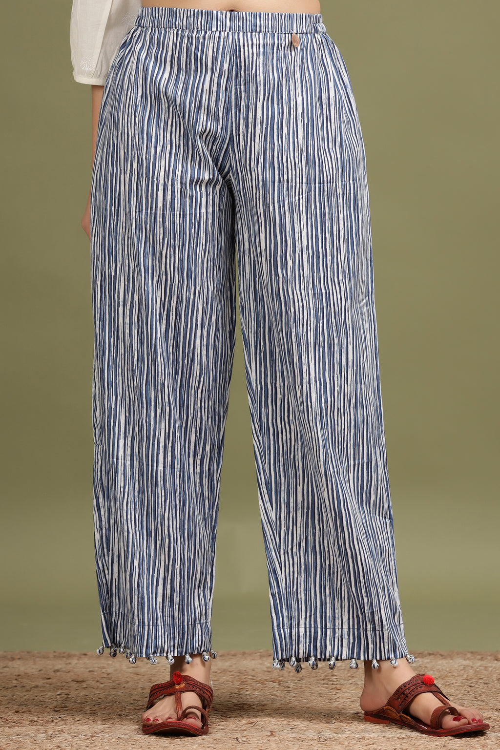 BLUE COLOUR STRIPED POTALI PANT