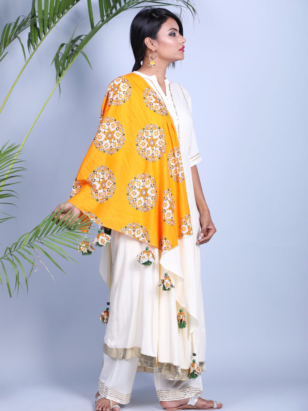 YELLOW TRIANGLE DUPATTA