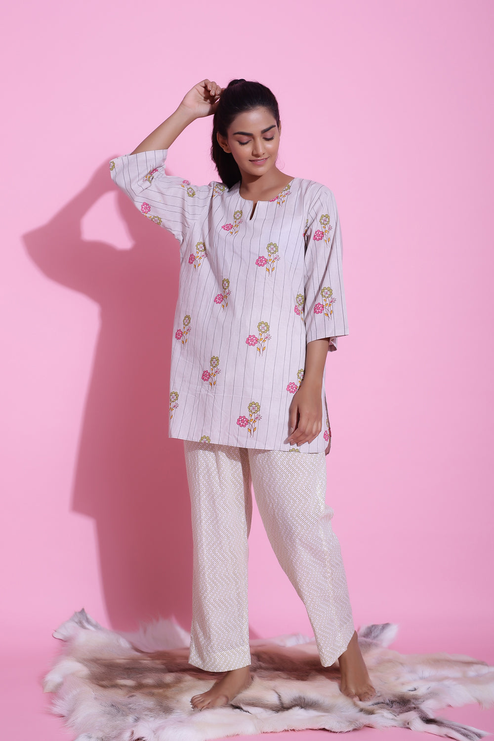 LIGHT GREY FLORAL PRINTED COTTON PYJAMA SET