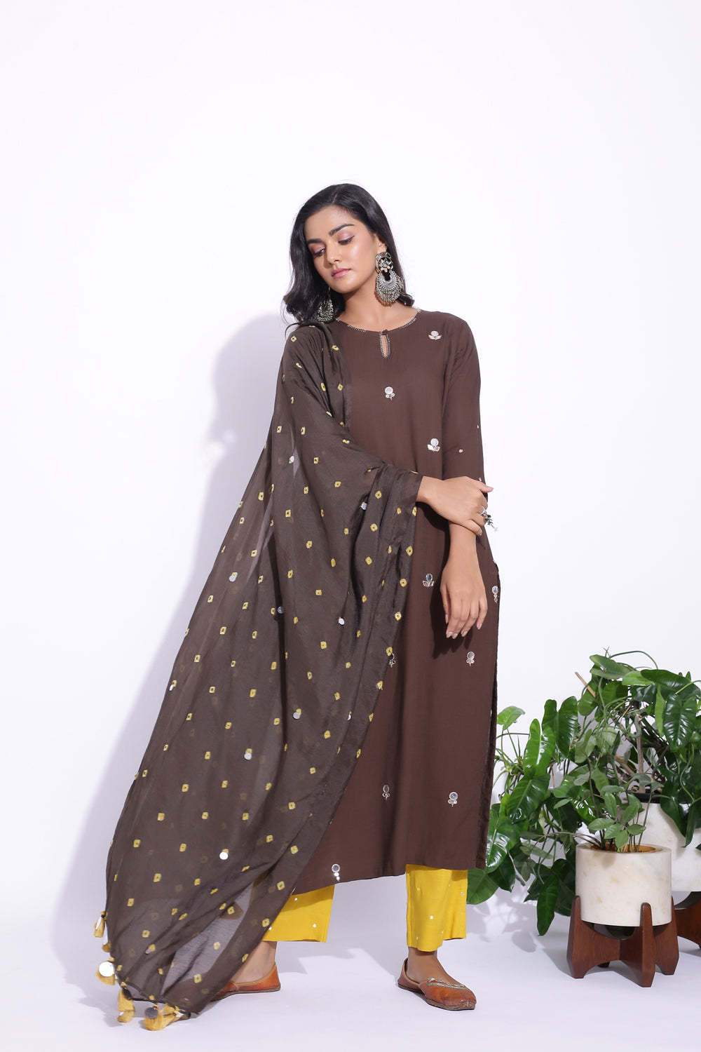 BROWN COLOUR MIRROR WORK DETAILING KURTA SET OF 3