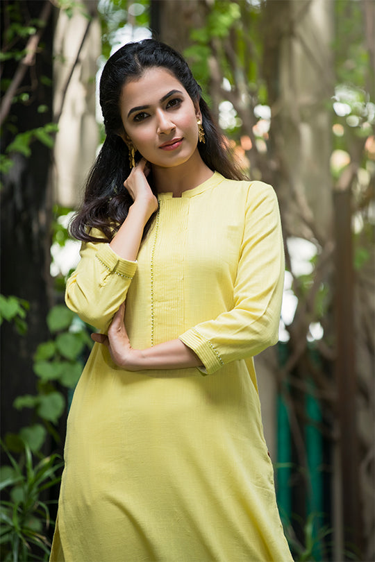 Yellow cotton mandarin collar kurta