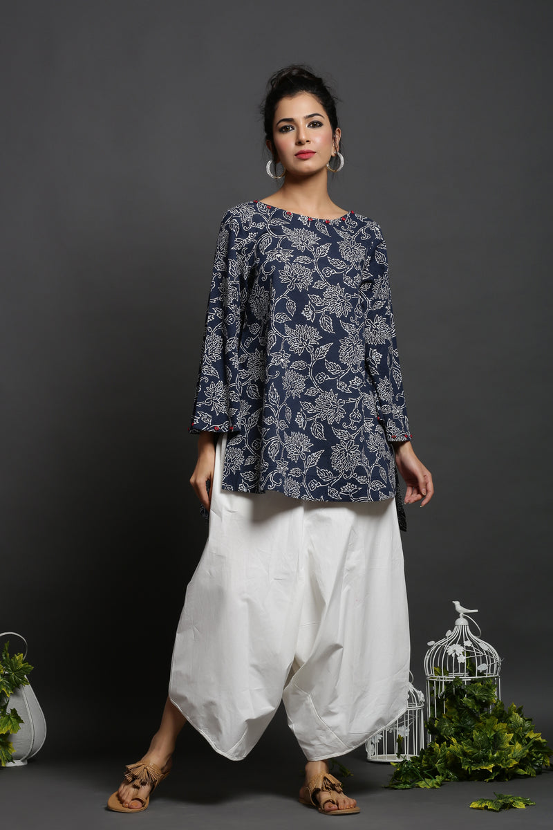 URBANITE BLUE COTTON BOATNECK FLORAL PRINTED TUNIC_MAYORI