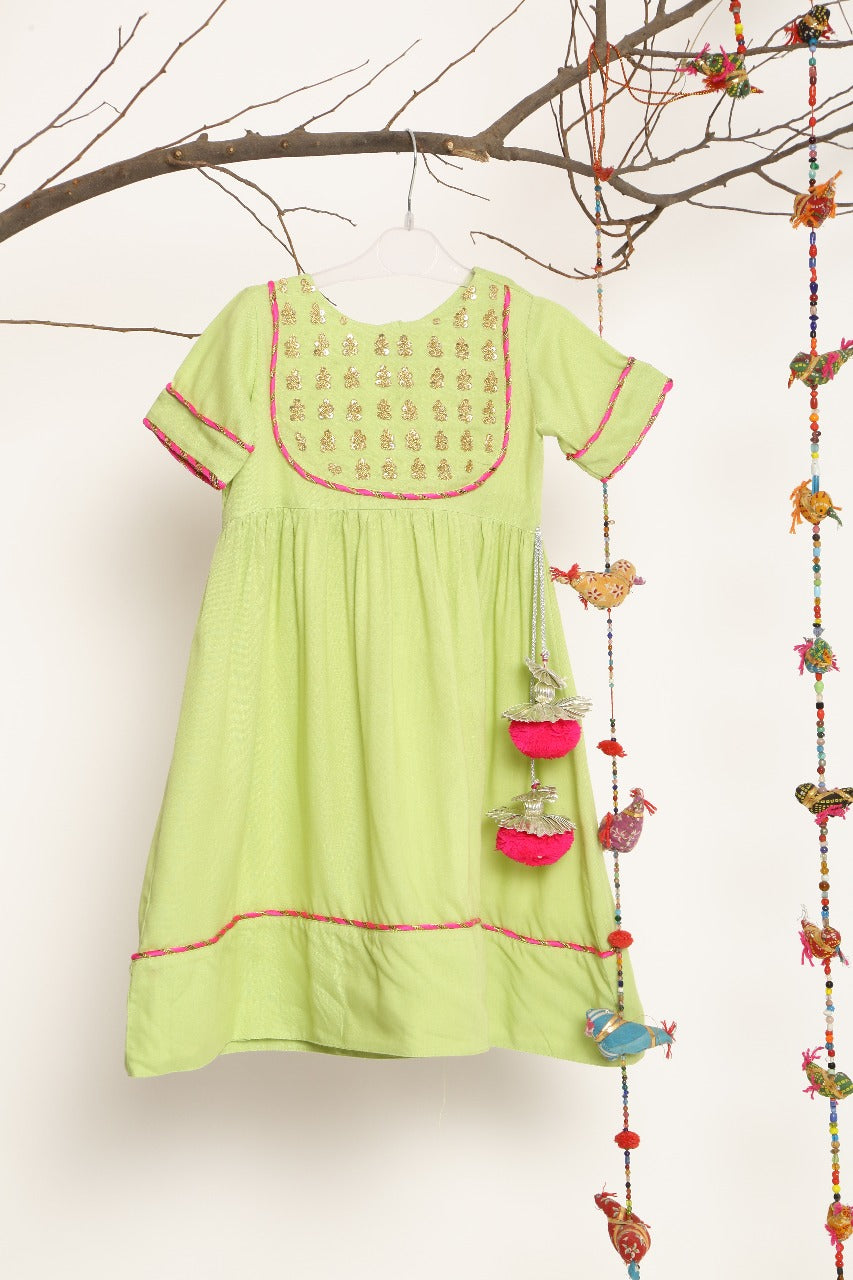 KIDS DRESS WITH SEQUENCE WORK