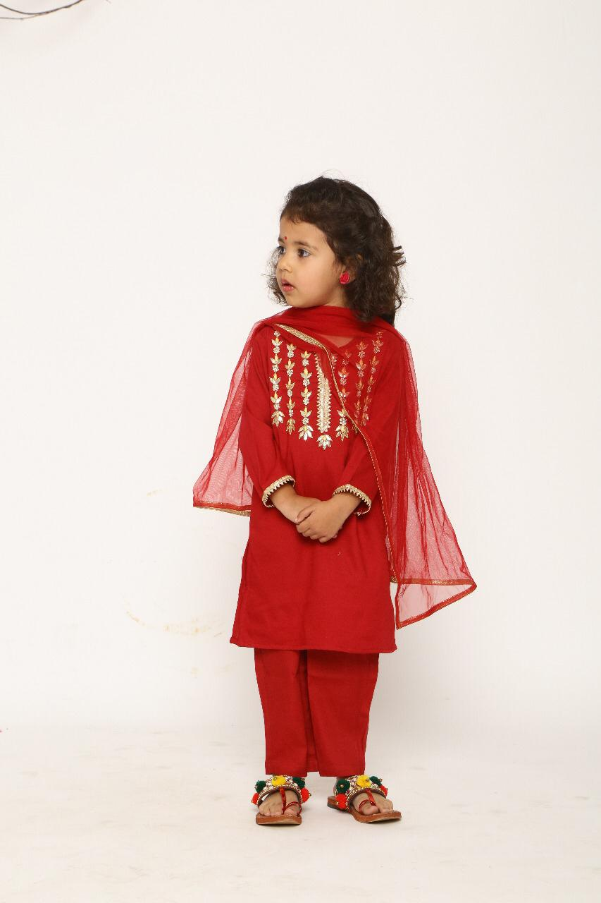 KIDS SUIT WITH ZARDOZI WORK