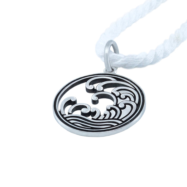Sampler II: WAVES MON Pendant