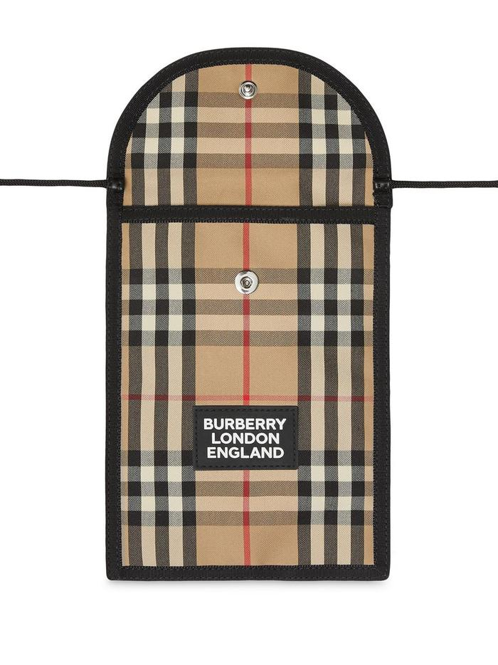BURBERRY BEIGE COVER