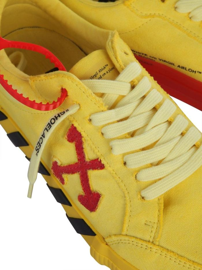 OFF-WHITE YELLOW SNEAKERS