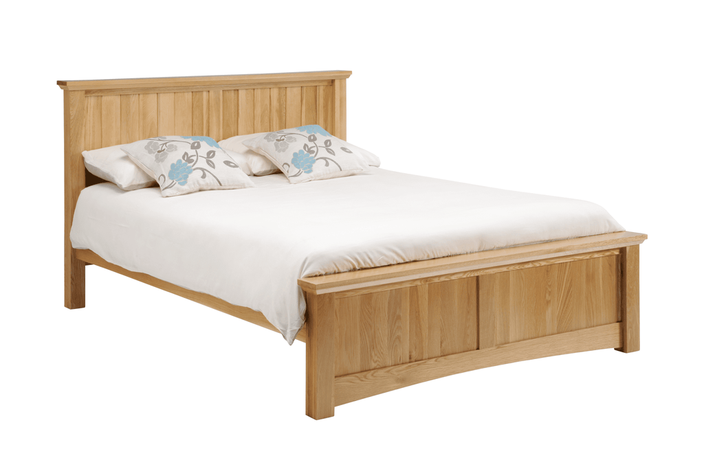 New England Bedstead - Oak Village