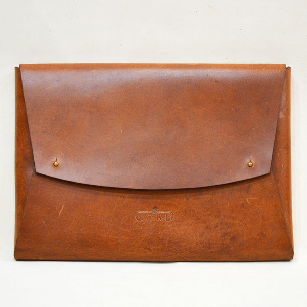 Leather Minimal Carrier Brown Laptop Sleeve by Cord