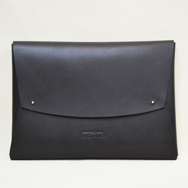 Leather Minimal Carrier Black Laptop Sleeve by Cord