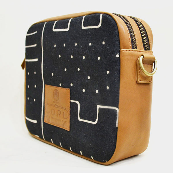 Skyline Black Cross Body Travel Leather Bag