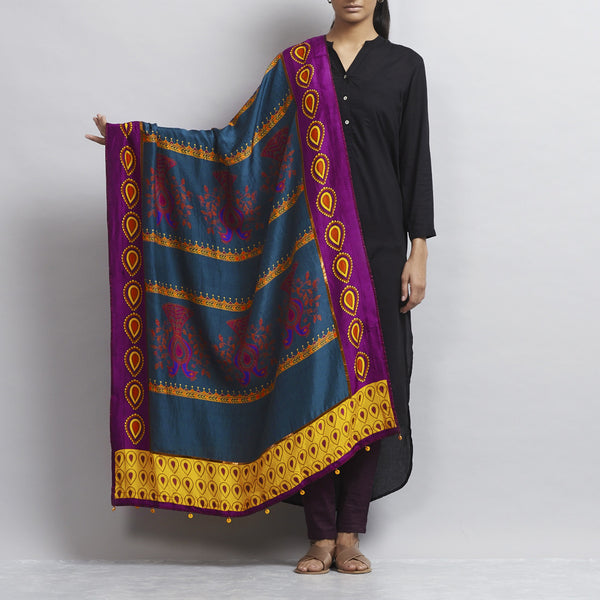 Multicolour Silk Dupatta With Dancing Peacock Motifs by Udd