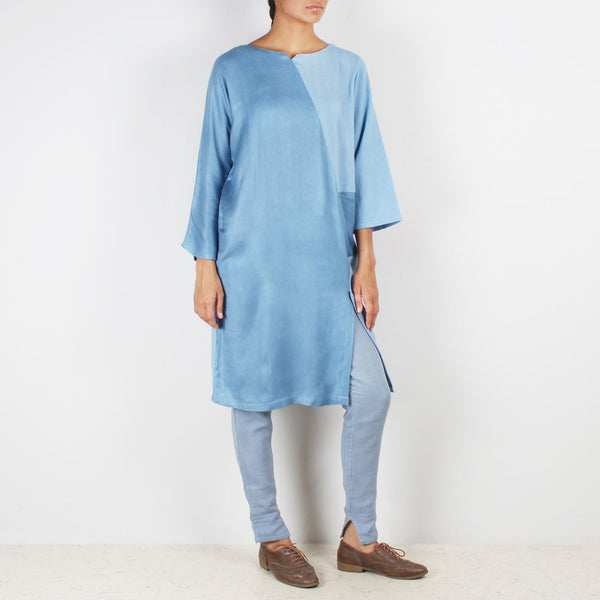 A Set Of Moonstar Tunic & Cig Trousers