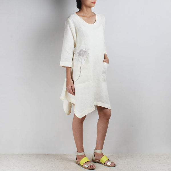 White Asymmetrical Flower Embroidered Linen Tunic