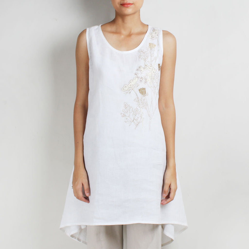 White Two Way Mixed Flower Creeper Linen Tunic by Kaveri / K Clothing