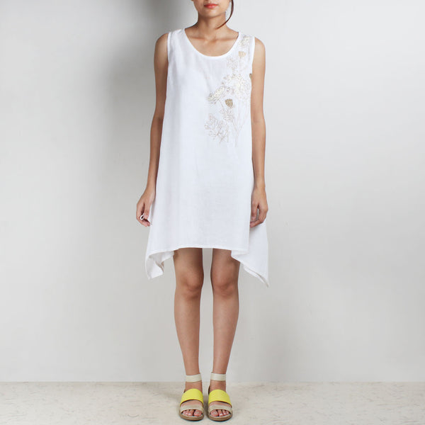 White Two Way Mixed Flower Creeper Linen Tunic