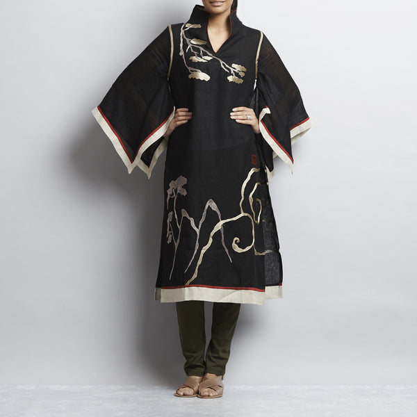 Multi Linen Chinese Painting Tunic With Kimono Sleeves by Kaveri / K Clothing