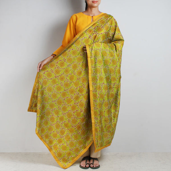 Light Green Printed Kantha Silk Dupatta With Textured Border by MEENAKARI