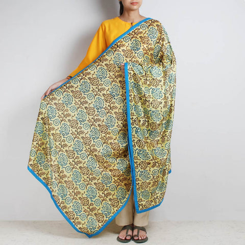 Lemon Printed Kantha Silk Dupatta With Textured Border by MEENAKARI