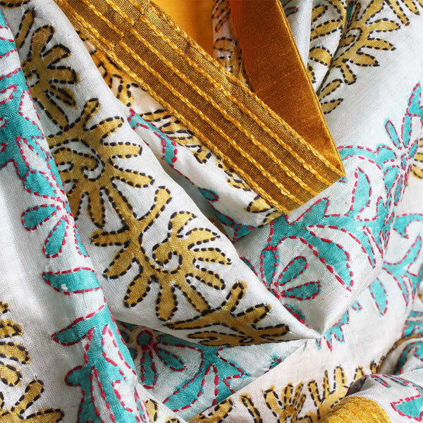 Off White Printed Kantha Silk Dupatta With Textured Border