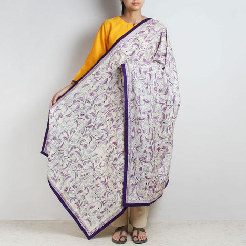 Off-White Nakshi Kantha Silk Dupatta With Purple Border by MEENAKARI