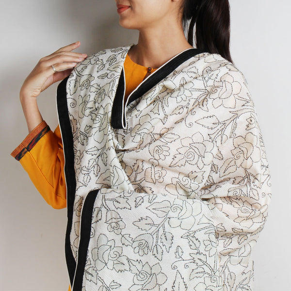 Black And White Silk Kantha Dupatta