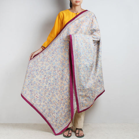 Off White Nakshi Kantha Silk Dupatta With Textured Border by MEENAKARI