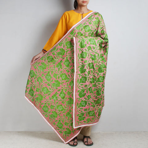 Pink Silk Dupatta With Nakshi Kantha Embroidery In Green by MEENAKARI