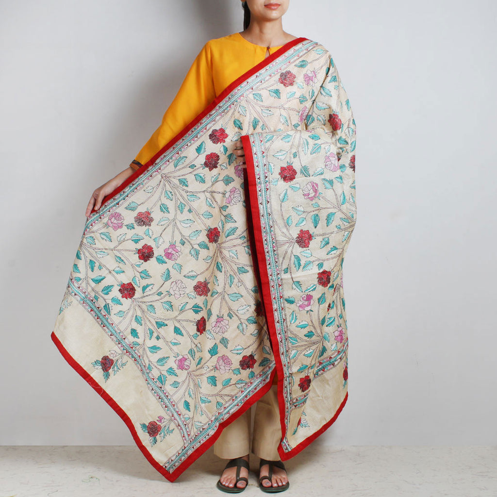 Off-White Nakshi Kantha Silk Dupatta With Floral Embroidery by MEENAKARI