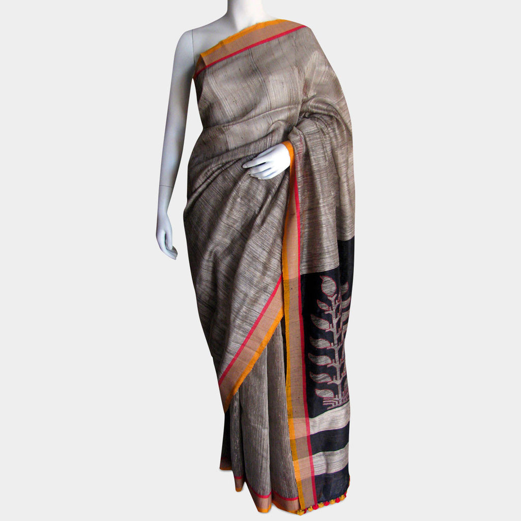 Beige Handwoven Silk Sari With Striped Pallu by MEENAKARI