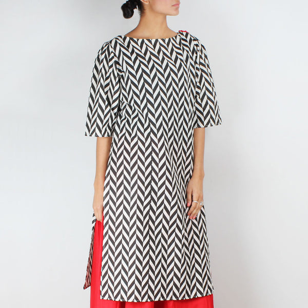Chevron Kurta With Shoulder Accents